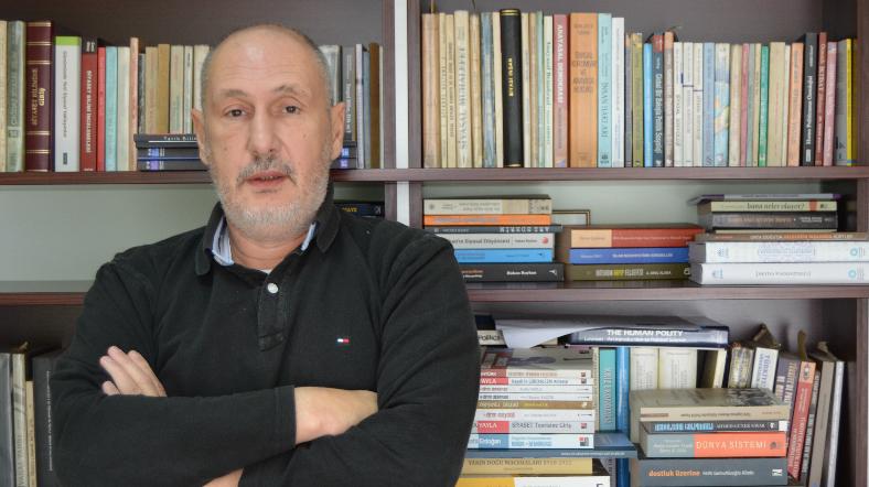 Süleyman Seyfi Öğün: Türkiye'de İşçi Sınıfı Bitti