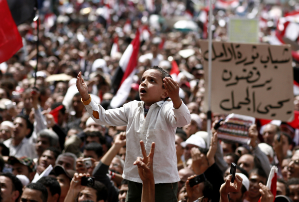 Arap Dünyasına Neden Demokrasi Gelmiyor?